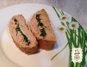 Polpettone con spinaci e scamorza