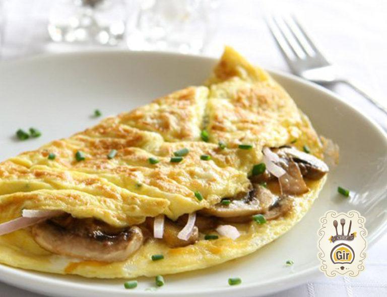 Omelette con funghi e caciocavallo